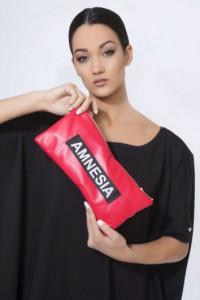 11a68bb019f0 Amnesia Perusa táska piros